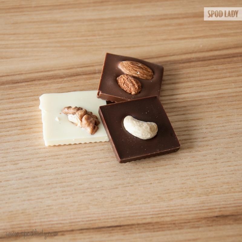 Drobny podarunek, czekoladki.
