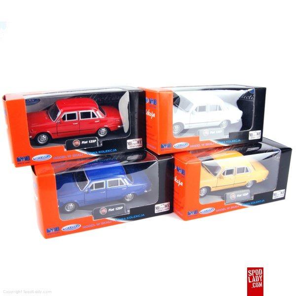 Miniaturki samochodów w różnych kolorach. Upominek dla fana motoryzacji.