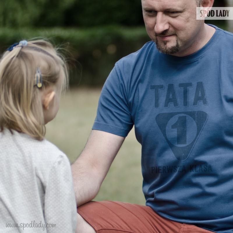 Pomysł na prezent dla taty. Koszulka: Tata 1 klasa.