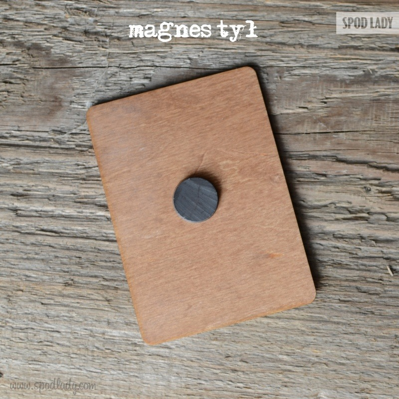 Starannie wykonany magnes. Pomysł na upominek.