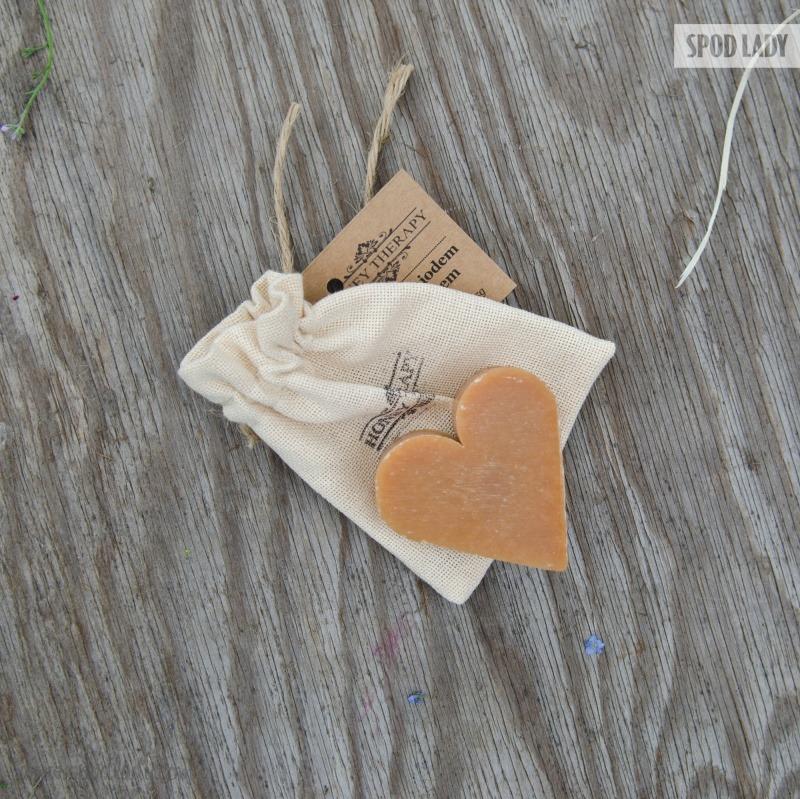 Mydełko w kształcie serca na upominek.