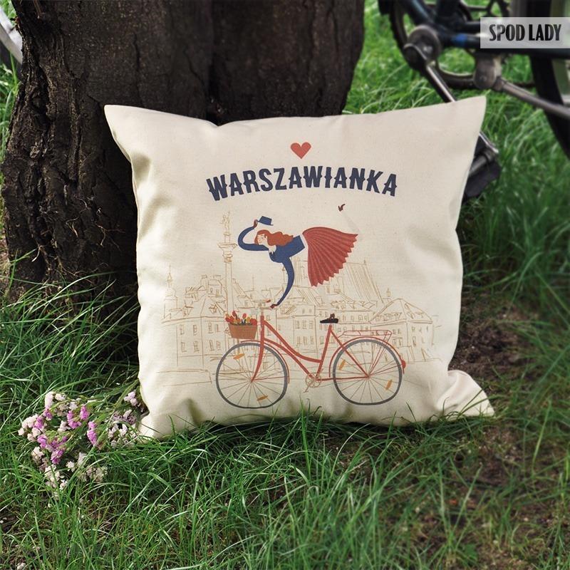 Poduszka dla kobiety z nadrukiem: Warszawianka.