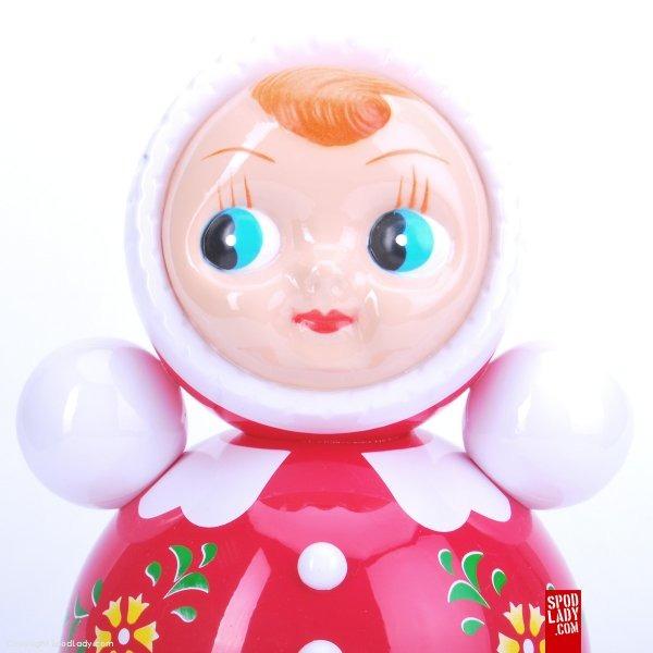 Zabawka w stylu retro Wańka wstańka. Pomysł na upominek dla dziecka.