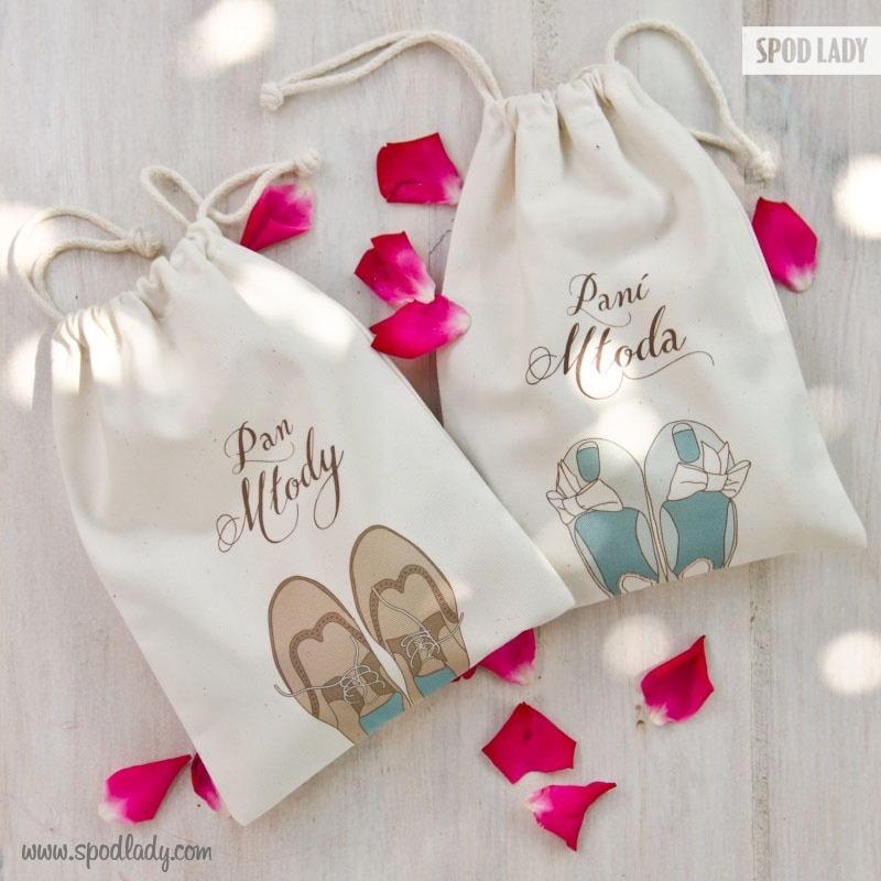 Pomysł na prezent z okazji ślubu. Sympatyczne woreczki.