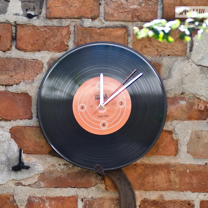 Zegar dla fana stylowej muzyki.