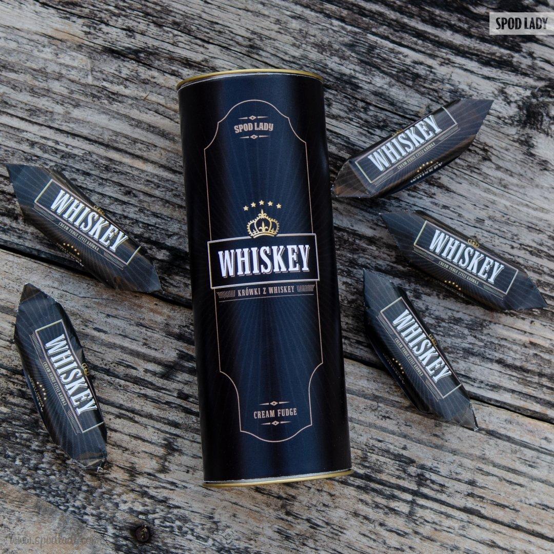 Krówki Whisky w ozdobnej tubie