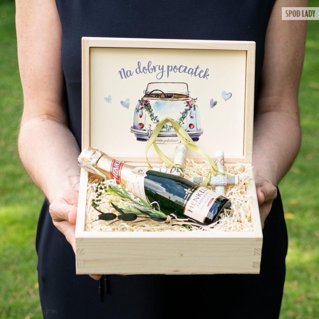 """Zestaw z mini-szampanem """"Świeżo poślubieni"""""""